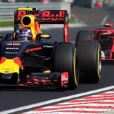 Raikkonen voltou a encontrar Verstappen. e a perder!