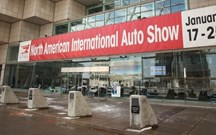 Alerta em Detroit com nega da Porsche!