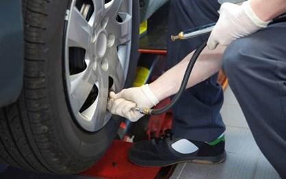 Não esqueça a pressão dos pneus