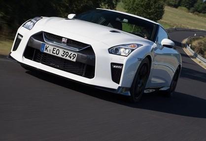 Nissan GT-R Track Edition começa nos 156 mil euros