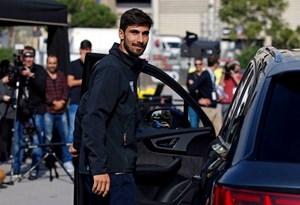Barcelona: André Gomes escolheu o mesmo Audi que Messi