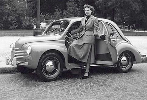 """HOJE HÁ 69 ANOS: O Renault """"joaninha"""""""