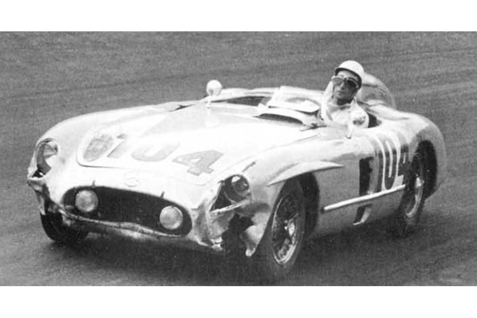 HOJE HÁ 61 ANOS: Moss e Mercedes derrotaram Ferrari