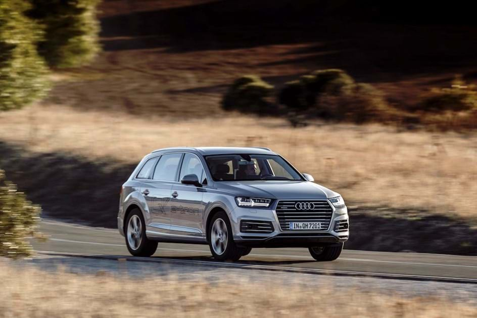 Audi Q7 e-tron quattro 3.0 TDI chegou a Portugal