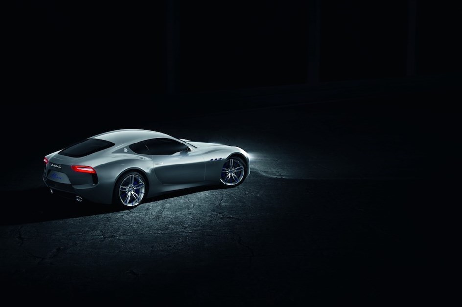 Maserati adiou desportivo Alfieri