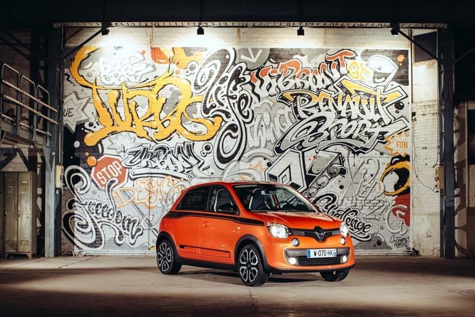Renault Twingo GT mostra toda a sua irreverência em Paris