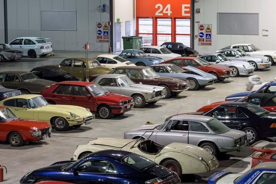 """Colecção de carros apreendida """"faz"""" 51 milhões em leilão"""