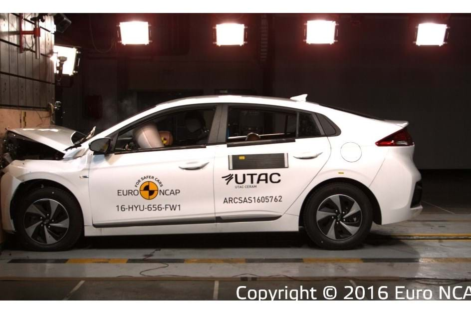 Hyundai IONIQ soma 5 estrelas nos testes Euro NCAP