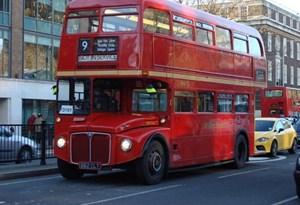 HOJE HÁ 11 ANOS: adeus aos autocarros londrinos