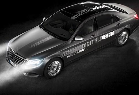 Mercedes revoluciona iluminação automóvel