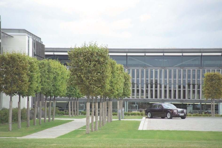 HOJE HÁ 14 ANOS: Rolls Royce e Bentley foram separadas