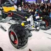 """Chevrolet leva """"Batmobile"""" de LEGO em tamanho real para Detroit"""