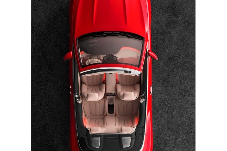 Um dos 300 Maybach S 650 Cabriolet vem para Portugal
