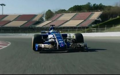 F1: Sauber é o primeiro carro de 2017 a aparecer em pista!
