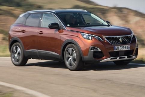 """Peugeot 3008 é """"Carro do Ano"""" em Portugal"""