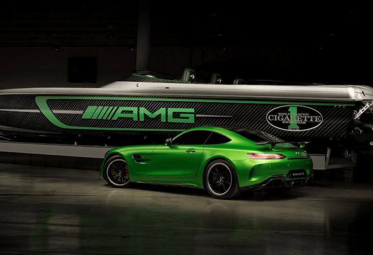 Este barco de 3100 cv é inspirado no Mercedes-AMG GT R