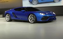 Lamborghini pensa eléctrico, mas para o futuro…