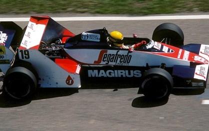 HOJE HÁ 33 ANOS: estreia de Ayrton Senna na F1