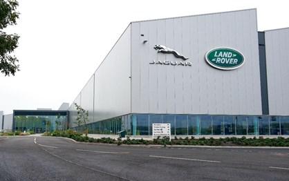 HOJE HÁ 9 ANOS: Ford vendeu Jaguar/Land Rover ao Grupo Tata