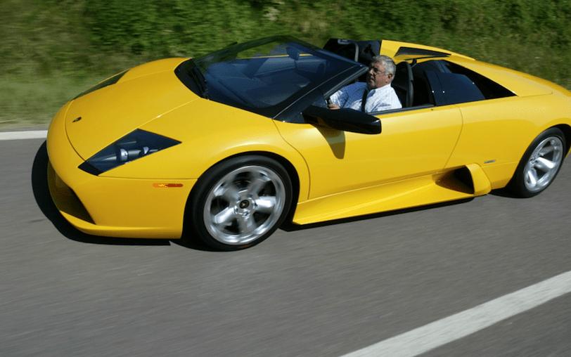 Guiar um Lamborghini remete-nos para a festa brava