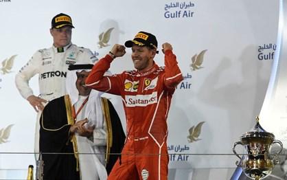 F1: As melhores imagens da vitória de Vettel no G.P. do Bahrain