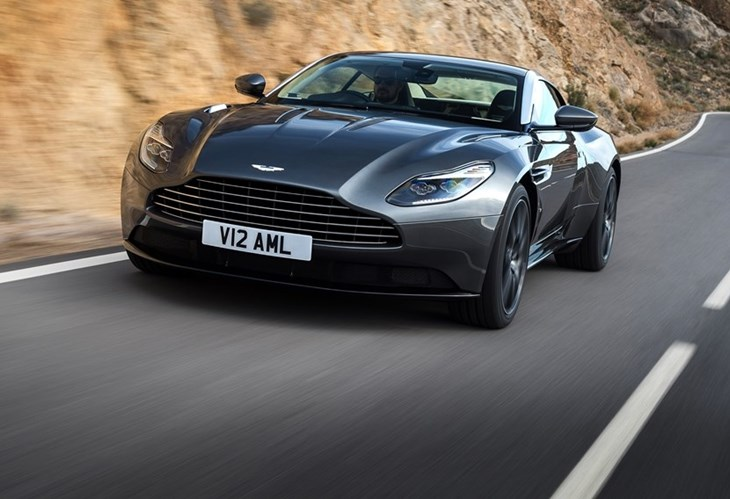 Aston Martin DB11 com V8 da AMG