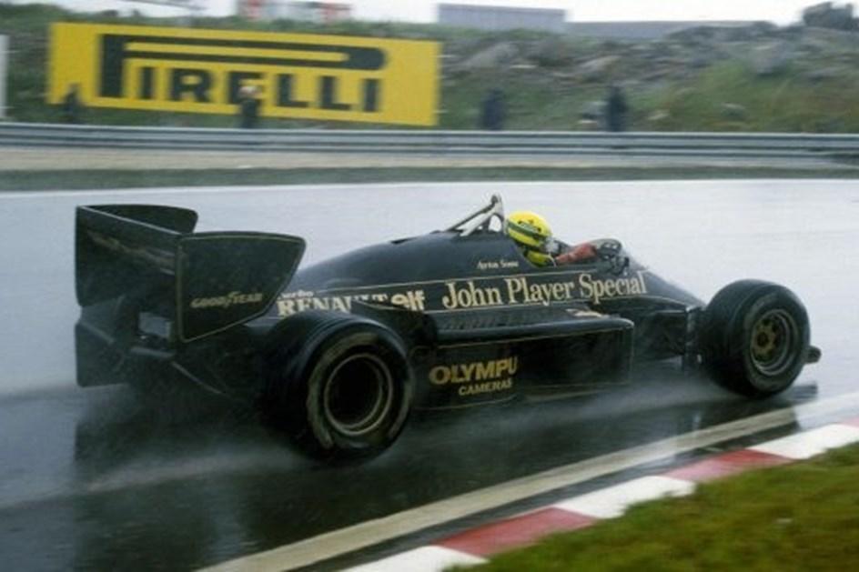HOJE HÁ 32 ANOS: A primeira vitória de Senna na F1
