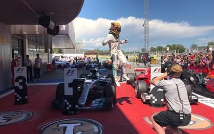 G.P. Espanha - Hamilton bateu Vettel em duelo de gigantes