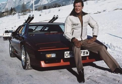 Sir Roger Moore: melhores carros como Bond
