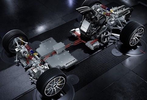 Mercedes-AMG mostrou as entranhas do Project One