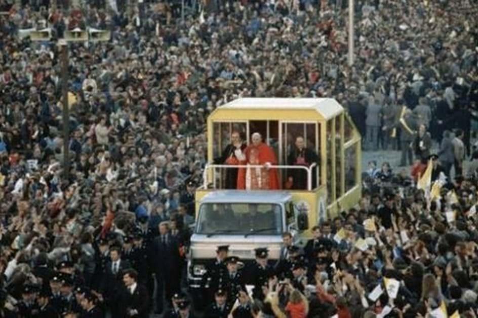 Ford Transit - 1979 - Papa João Paulo II