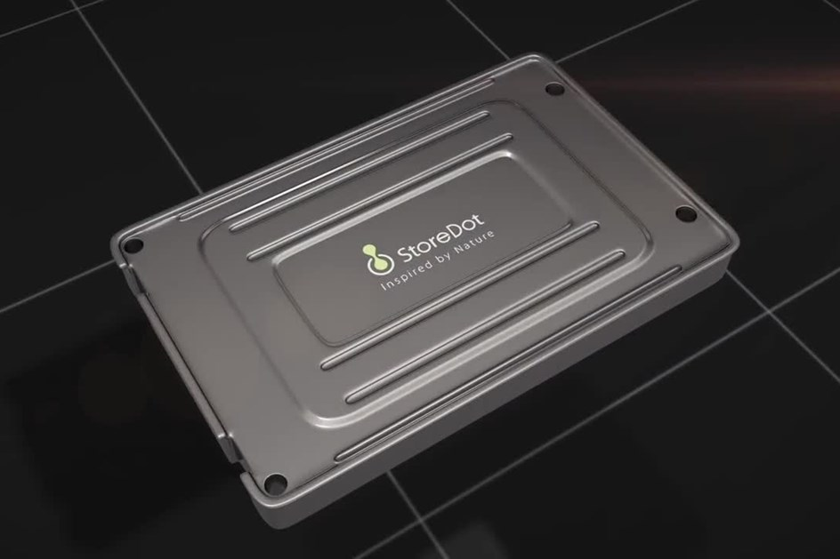 Nova bateria automóvel carrega em 5 minutos