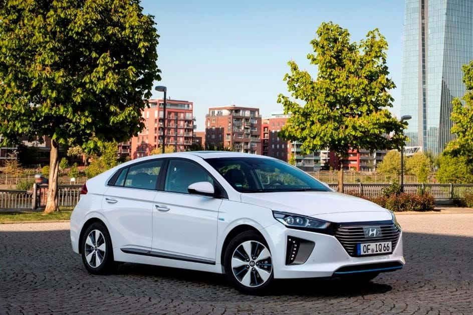 Hyundai abre encomendas para novo Ioniq