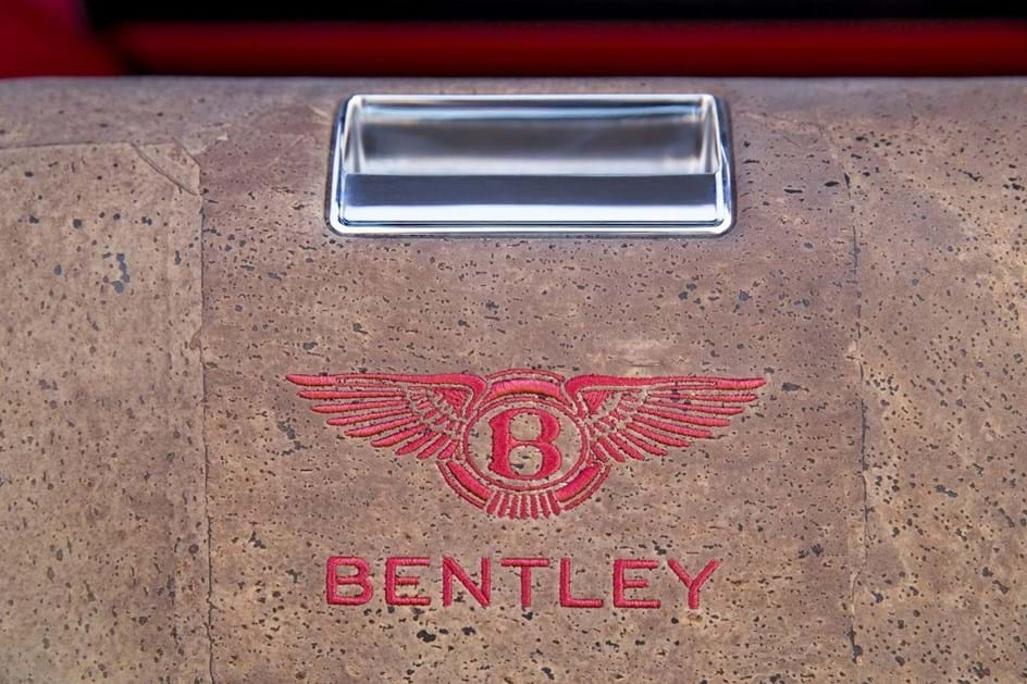 Finalmente os falcões podem andar de Bentley