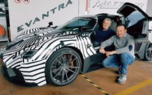 Artesão italiano Mazzanti rouba piloto de testes à Bugatti