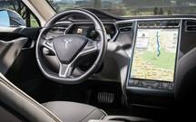 Tesla prepara serviço de stream de música
