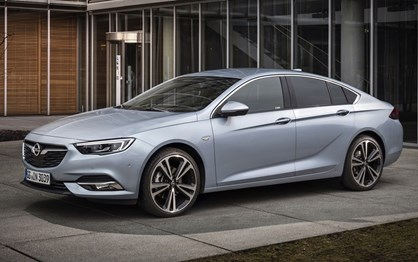 Opel vai mostrar os novos Insignia e Crossland X no Salão do Porto