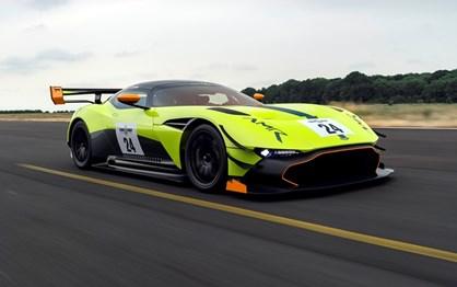 """Aston Martin Vulcan AMR Pro: o """"vulcão"""" está ainda mais radical!"""