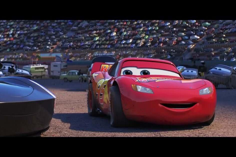 Conheça o rival de Faísca McQueen em Carros 3