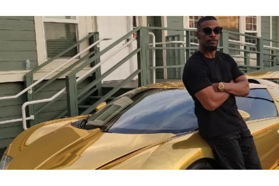 Jamie Foxx reveste o seu Bugatti Veyron a dourado