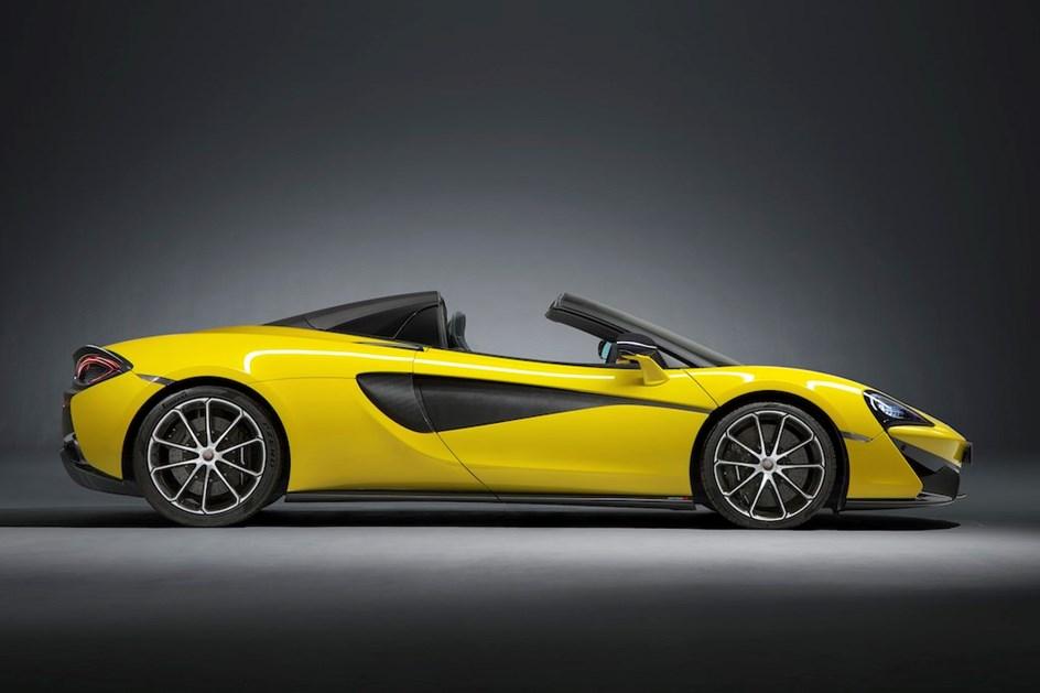 """570S Spider é o descapotável mais """"acessível"""" da McLaren"""