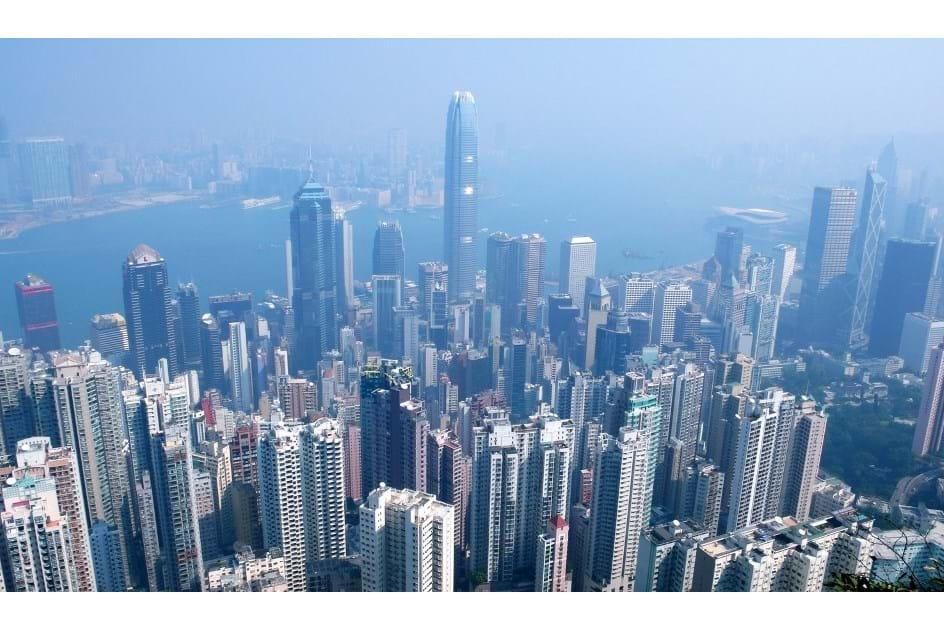 Lugar para estacionar vale 595 mil euros em Hong Kong