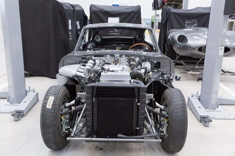 Jaguar Land Rover abre o maior centro de clássicos do mundo