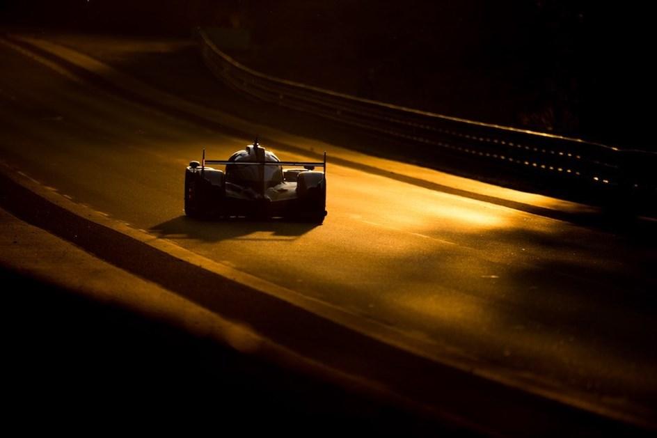 Porsche vence em Le Mans depois de novo pesadelo para a Toyota