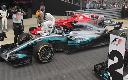 G.P. Grã-Bretanha: Hamilton vence em casa e encosta em Vettel
