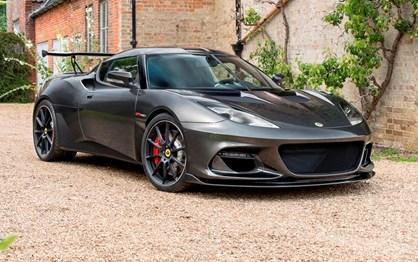Evora GT 430. Conheça o Lotus de estrada mais potente de sempre