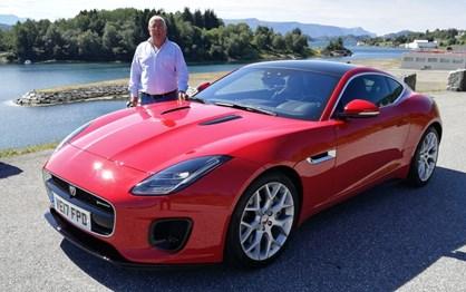 Já guiámos o novo Jaguar F-Type de 300 cv: 4 cilindros que valem por 6