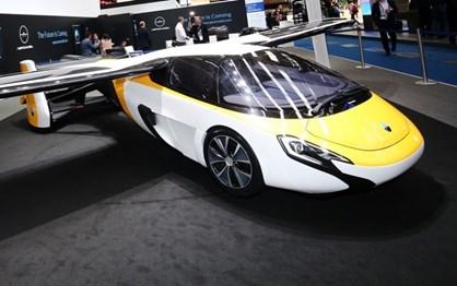 AeroMobil insiste no carro-voador e está quase pronta a vendê-lo!