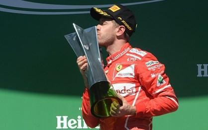 G.P. do Brasil - As melhores imagens da vitória de Vettel e da Ferrari