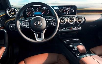 Já viu como será o interior do novo Mercedes Classe A?